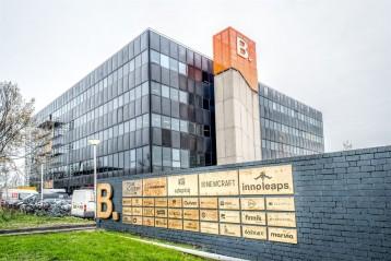 B Amsrterdam